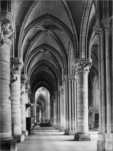 Premiumposter Interior view of the cathedral Notre Dame