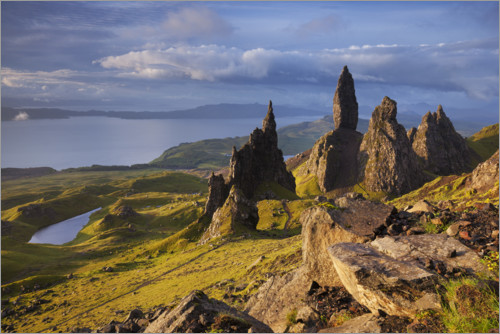 Premiumposter Rock of the Old Man of Storr on the Isle of Skye, Scotland