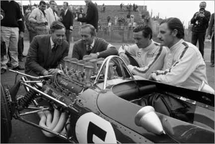 Akrylglastavla  Keith Duckworth, Colin Chapman, Jim Clark and Graham Hill, Lotus 49 Ford 1967