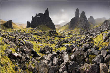 PVC-tavla  The Old Man of Storr in autumn - The Wandering Soul
