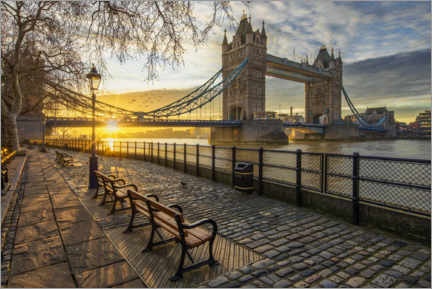 Akrylglastavla  Tower Bridge in London at sunrise - Dieter Meyrl