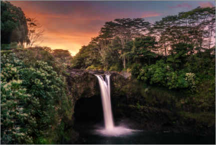 Canvastavla  Tropical waterfall in Hawaii - Road To Aloha