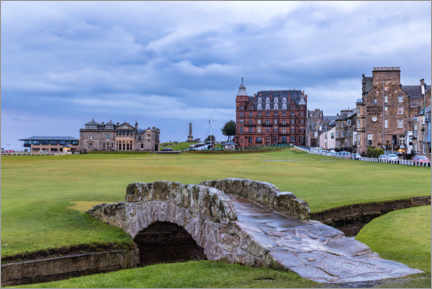 Premiumposter  Swilcan Bridge at the Old Course at St Andrews - Mike Centioli
