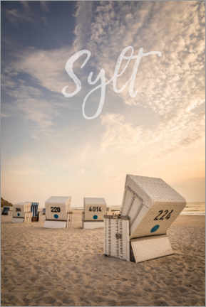 Premiumposter Summer evening with beach chairs on Sylt