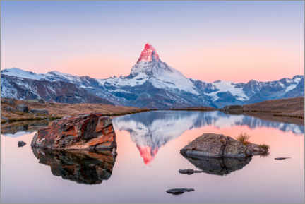 Premiumposter  Sunrise on the Matterhorn with alpenglow - Marcel Gross
