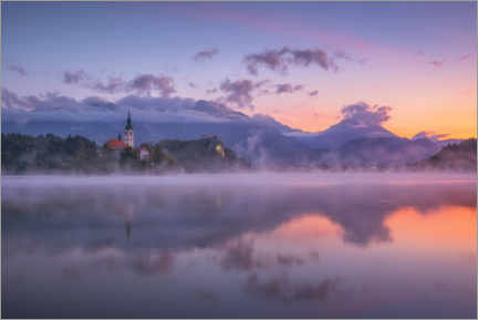 Canvastavla  Dawn on Lake Bled - André Wandrei