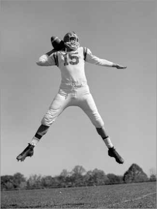 Canvastavla  Football Quarterback throwing pass, 1960s