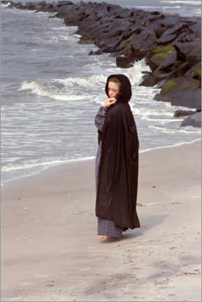 Premiumposter Lady on the beach