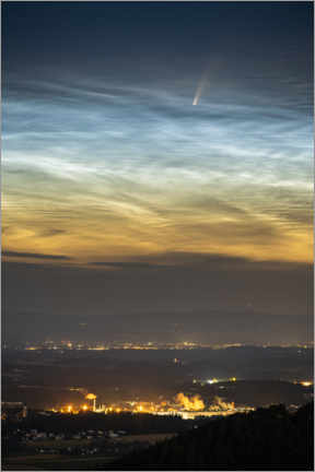 Premiumposter Comet NEOWISE and noctilucent clouds over Austria