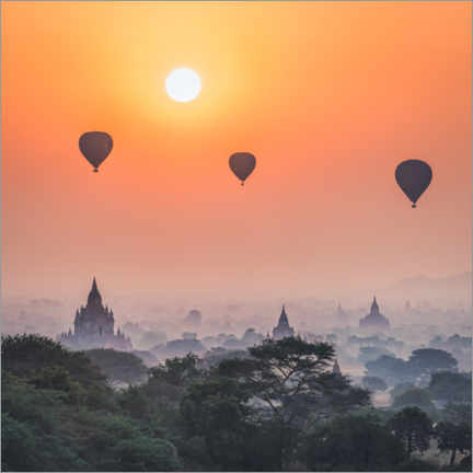 Premiumposter Hot air balloons over the temples of Bagan
