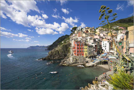 Canvastavla  Riomaggiore is one of the five villages of the Cinque Terre - Jan Christopher Becke