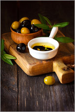 Galleritryck  Green and black olives