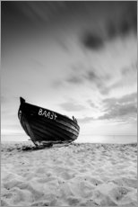 Galleritryck  Lonely Boat - Black/White | Rügen | Germany - Kristian Goretzki