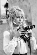 Canvastavla  Brigitte Bardot med kamera - Celebrity Collection