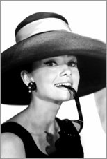 Premiumposter  Audrey Hepburn i sommaroutfit - Celebrity Collection