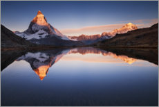 Trätavla  Matterhorn with reflection in the mountain lake - The Wandering Soul