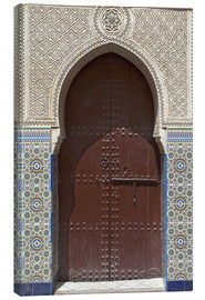 Canvastavla  Wooden door in decorated archway - Nico Tondini