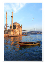 Premiumposter  Rowboat and Ortakoy Mosque - Ali Kabas