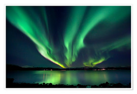 Poster  Northern lights over Tjeldsundet in Troms - Arild Heitmann