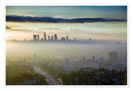 Premiumposter  LA skyline in the morning fog - Walter Bibikow