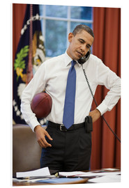 PVC-tavla  President Barack Obama talks on the phone