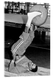 Akrylglastavla  Joe Frazier during training with a medicine ball