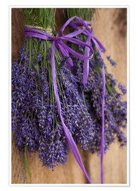 Premiumposter  Drying Lavender Bouquet - John & Lisa Merrill