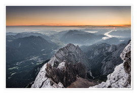 Premiumposter  Sunrise from Zugspitze mountain with view across the alps - Andreas Wonisch