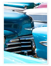 Premiumposter  Vintage American cars parked on a street in Havana Centro, Havana, Cuba, West Indies, Central Americ - Lee Frost