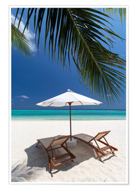 Premiumposter  Lounge chairs on tropical beach - Sakis Papadopoulos