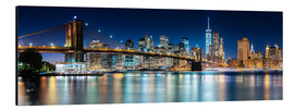 Aluminiumtavla  New York City Skyline with Brooklyn Bridge (panoramic view) - Sascha Kilmer