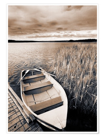 Premiumposter  Boat in Lake Burntstick - Darwin Wiggett