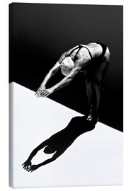 Canvastavla  A woman jumps into the water II - Ben Welsh