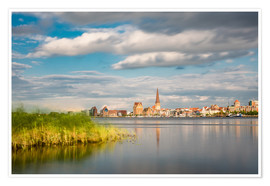 Premiumposter  View over the river Warnow to Rostock (Germany) - Rico Ködder