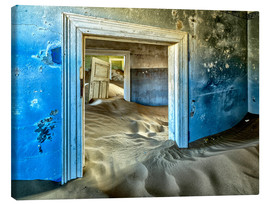 Canvastavla  Sand in the premises of an abandoned house - Robert Postma