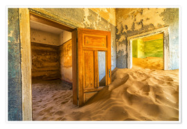 Premiumposter  Sand in the premises of an abandoned house - Robert Postma