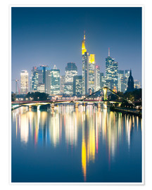 Premiumposter  Frankfurt skyline reflected in river Main at night, Germany - Matteo Colombo