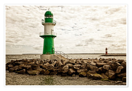 Premiumposter Green and red lighthouse at the harbor entrance of Warnemünde