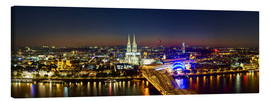 Canvastavla  A panoramic view of cologne at night