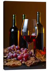 Canvastavla  red wine with grapes and vine leaves