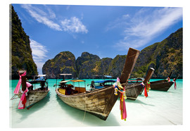 Akrylglastavla  Long tail boat at Maya Bay on the island of PhiPhi