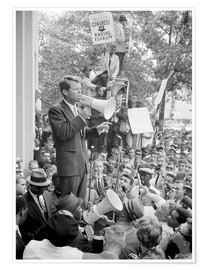 Premiumposter Robert F. Kennedy talks about equal rights to a crowd