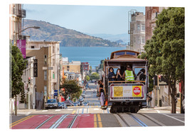 Akrylglastavla  Cable car on a hill in the streets of San Francisco, California, USA - Matteo Colombo