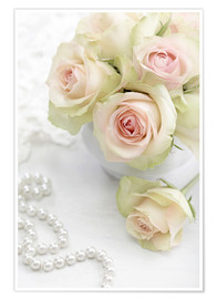 Premiumposter  Pastel-colored roses with pearls
