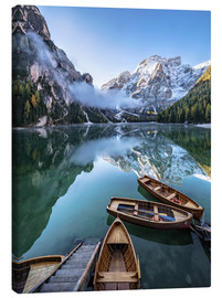 Canvastavla  Early morning on Lake Braies, Dolomites - Achim Thomae