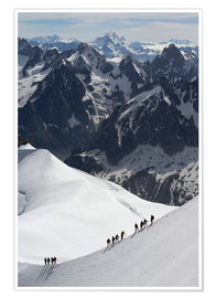 Premiumposter  Climber and climber in snowy mountains - Peter Richardson
