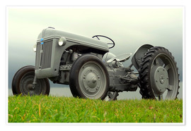 Premiumposter  The Ford 2N tractor
