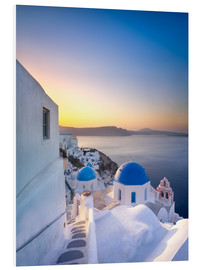PVC-tavla  Sunrise over the blue roofs of Santorini - Jan Christopher Becke