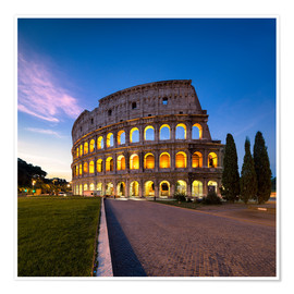 Premium poster The Colosseum at night in Rome, Italy