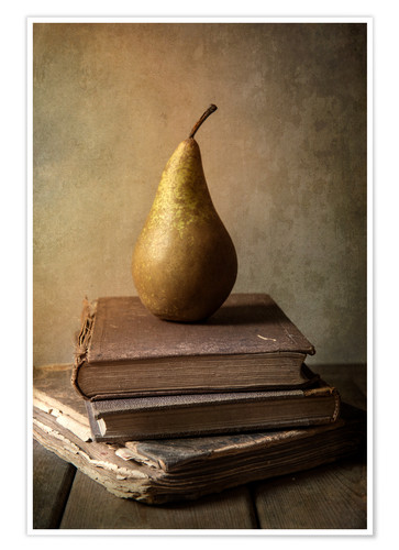 Poster Still life with pile of book and pear